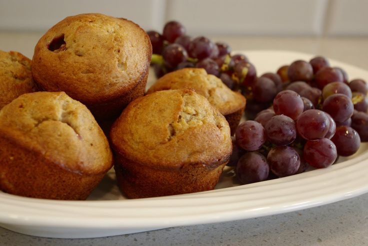 Princess & the Pea Muffins - banana, butter, apple sauce, sour cream ...