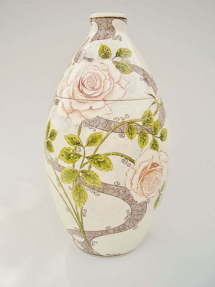 Hand painted cremation urn - Roses - Phoenix Urns®