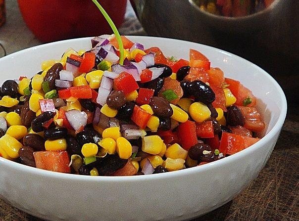 Salada de Feijão Preto e Milho