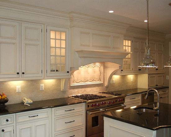 17 best images about kitchen backsplash on pinterest - Kitchen hood ideas ...
