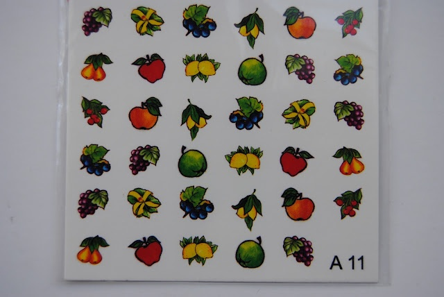 tatuaje unghii - 5 lei  www.geluriuv.ro