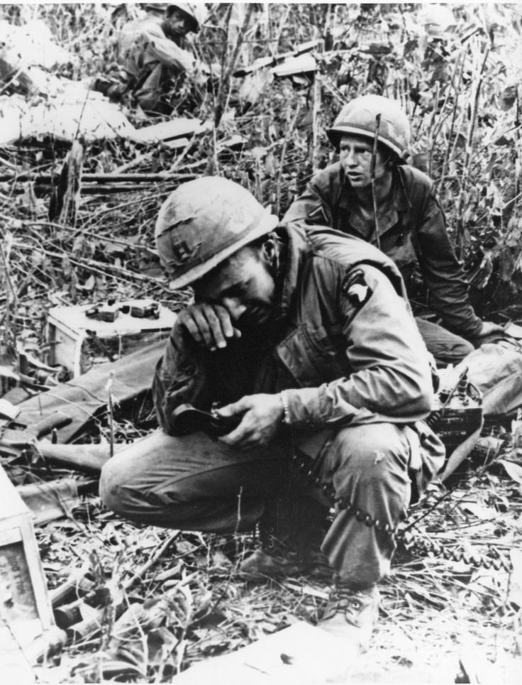 The strain of battle - 101st Airborne Div. ~ Vietnam War