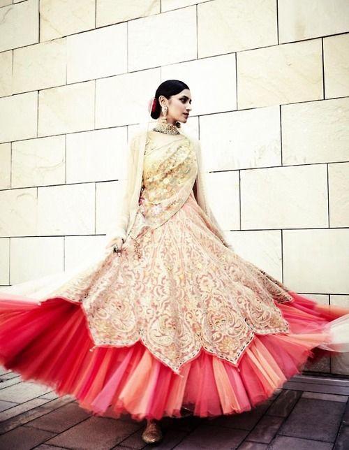Lehenga gold zari zardozi indian weddings bride bridal wear www.weddingstoryz.com details Tarun Tahiliani anarkali