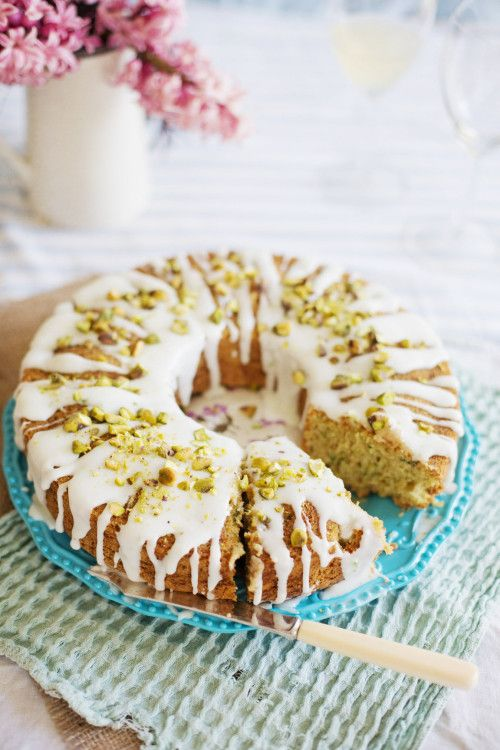 Summer Courgette Cake with Pistachio and Lime – via Camera & Clementine