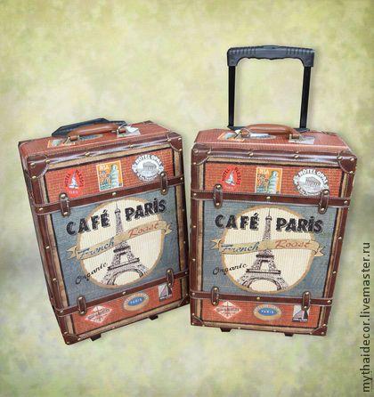 Чемодан Cafe Paris. Цена 3450 руб. Доставка бесплатна. Дорожный чемодан на колёсах с выдвижной ручкой. Возьмите с собой в путешествие этот качественный, стильный, функциональный аксессуар и романтика Парижа будет вашей попутчицей всегда!