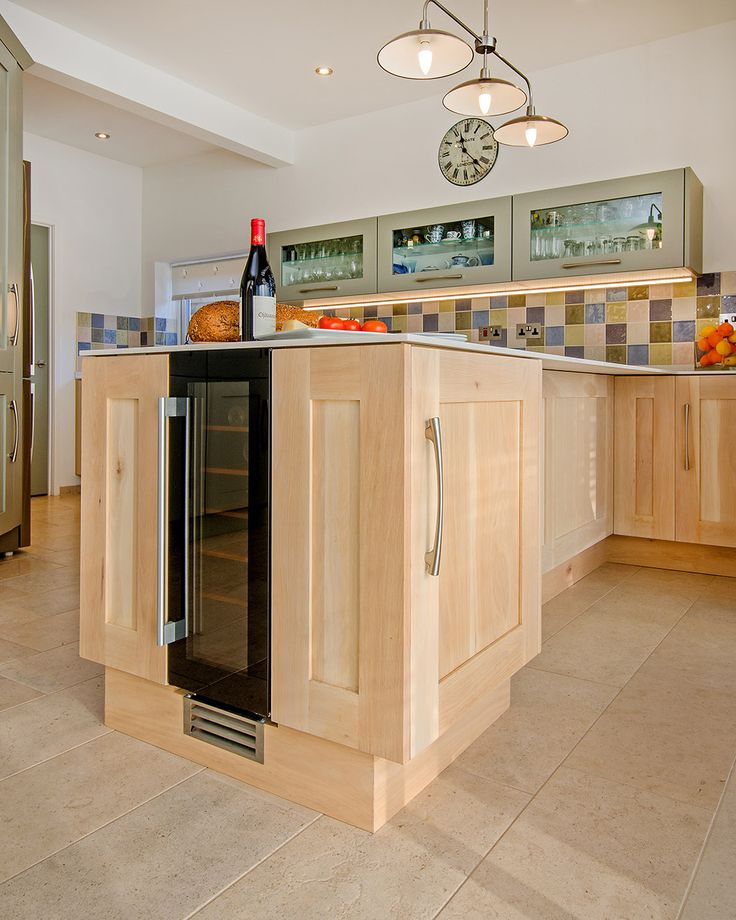 Driftwood and Painted Shaker Fusion kitchen with 12mm Corian Worktop 2