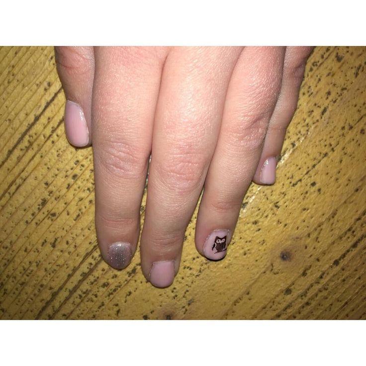 Τα απόλυτα ανοιξιάτικα νύχια με mermaid εφέ! Για ραντεβού ομορφιάς στο σπίτι σας τηλεφωνήστε  215 505 0707 . . . #myhomebeaute #μανικιουρ #σχεδιασμούνύχια #μανικιούρ #γυναικα #γυναικα #ομορφια #ομορφιά #νυχια #νύχια #μανικιούρ #ροζ #mermaidnails #nails #mermaid