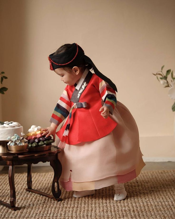Little girl in hanbok
