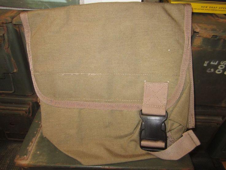 Paraclete Armor and Equipment. Inc. Mask Pouch. Molle II. Coyote Brown.