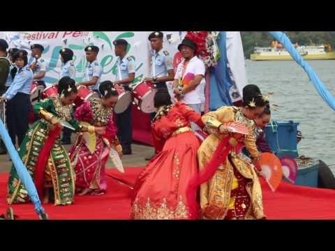 Tari Tidi Lo O'ayabu Acara Opening Ceremony Festival Pesona Selat Lembeh 2016 - YouTube