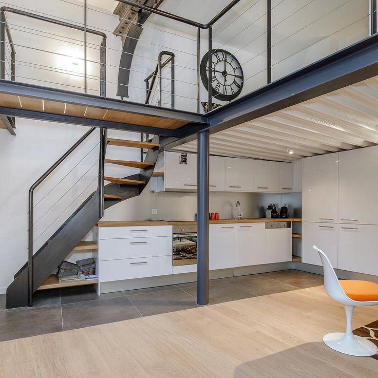 17 best images about l 39 art de l 39 escalier par escaliers - Loft design industriel cloud studio ...