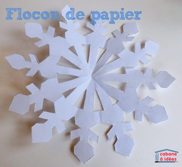 Ces flocons de papier sont un grand classique ! Un carré de papier, un peu de pliage, quelques découpes et la surprise quand on déplie le papier! Il n'y a jamais deux flocons identiques. Collez-les tous ensemble sur une vitre, ils décorent la pièce facilement et à moindre coût même si c'est temporaire. Vos enfants pourront les faire dans du papier blanc pour les décorer par la suite, dans du papier de soie pour un effet délicat ou encore dans des feuilles de magazines, dans un esprit ...