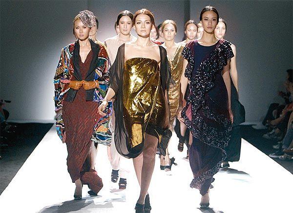 Thai fashion.