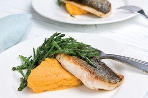 Dit zomerse voorgerecht met zeekraal en dorade is onderdeel van het mediterrane menu in Foodies augustus 2009. Met een piepkuiken met dragon uit de oven ...