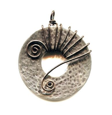WireWorkers Guild: PLUMBING WASHER TUTORIAL - with idea for completing a necklace with leather or silk cording