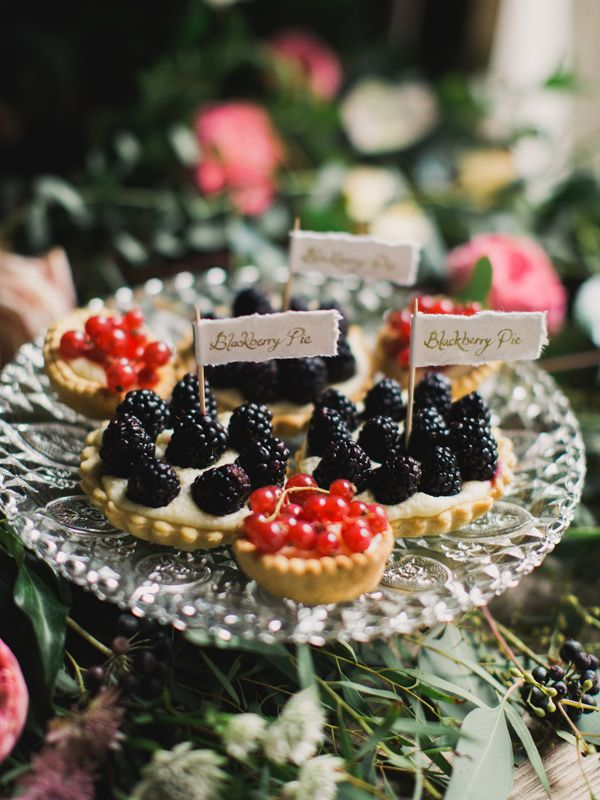 tarts with flag pins, photo by Paula O'Hara, styling by Alise Taggart | fabmood.com #weddingideas #desserts: