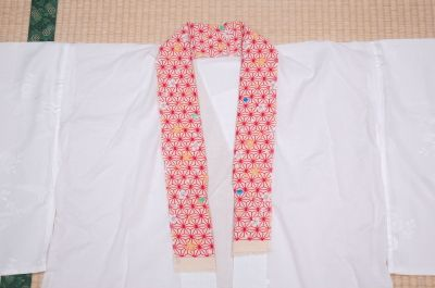 YUKATA KIMONO MARKET SAKURA / How to sew Haneri to Nagajuban