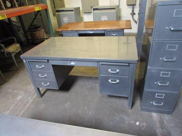 Steelcase 60 Vintage Stick Leg Tanker Desk Retro Office Inc Tanker Desk Metal Desk Makeover Desk