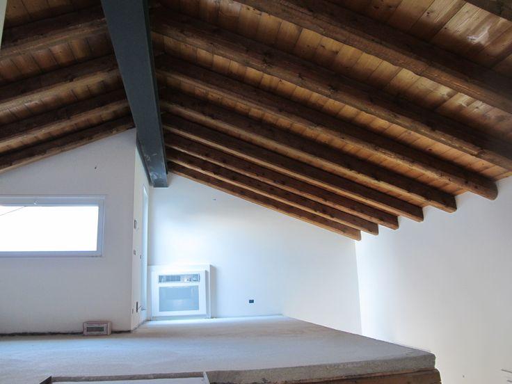 Oltre 25 fantastiche idee su soffitti in legno su for Idee di piano di garage