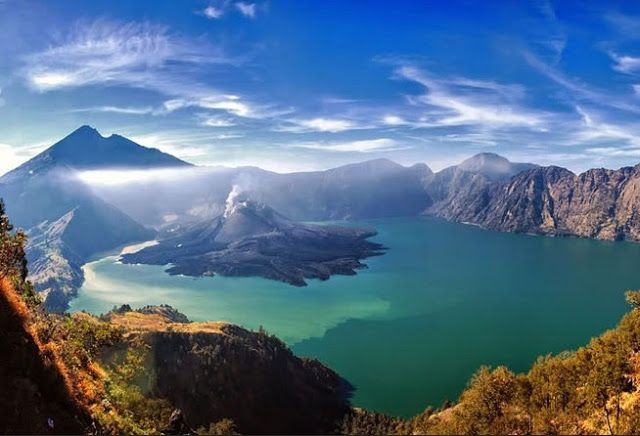 Mount Rinjani - Top Nature Attractions in Indonesia