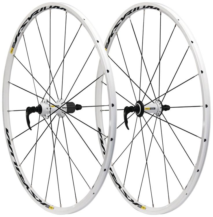 Mavic Ksyrium: ligeras (1690gr el par), rigidas y muy dinámicas gracias a su avanzada tecnología aplicada como el sistema Isopulse. Gran calidad probada de Mavic. + Info: http://www.bikingpoint.es/catalogsearch/result/?q=ksyrium  #Bikingpoint #ciclismo
