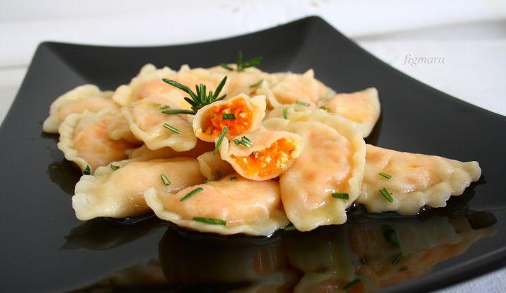 pierogi z marchwią i białym serem