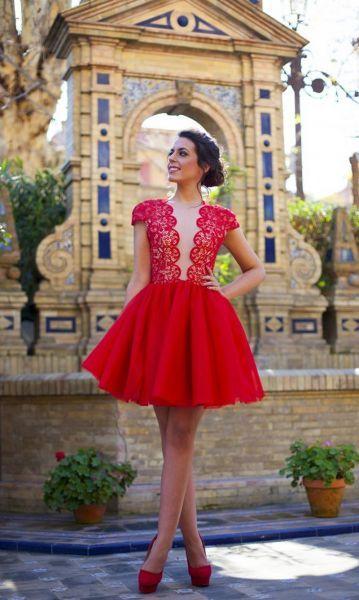Vestidos de fiesta 2016 en color rojo intenso: El tono perfecto de la temporada Image: 14