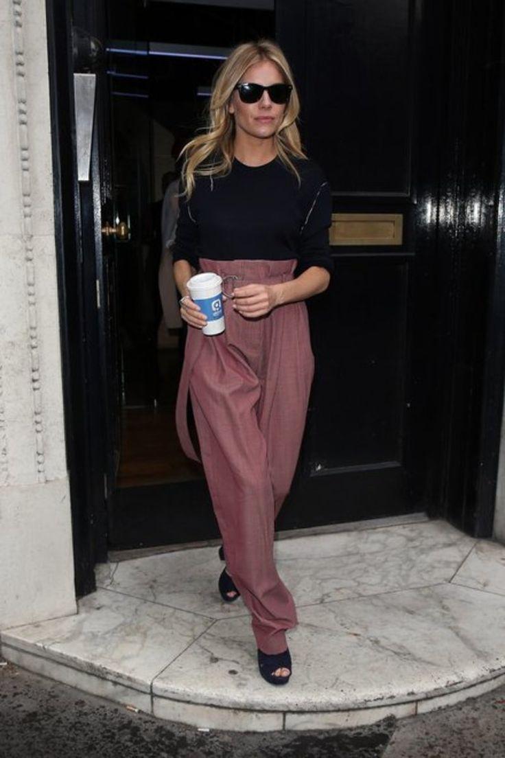 Η Σιένα Μίλερ μόλις επιβεβαίωσε το ασύλληπτο trend στα παντελόνια για τη χρονιά / Fashion / Woman TOC