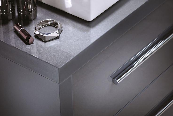 Midnight grey gloss i-line framing #ilinemodular #bathroomfurniture #myutopia