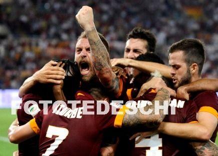 #RomaFiorentina 2-0 (28' Nainggolan, 90' Gervinho) parte benissimo il campionato dei giallorossi! Leggi tutto su --> www.romanews.eu