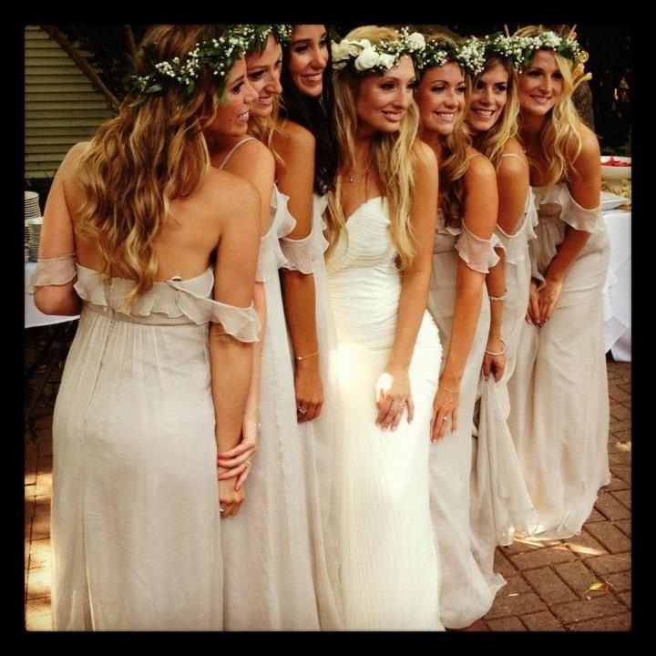 Not a fan of the dresses, but words can't express how much I love the headdresses For the bridesmaids