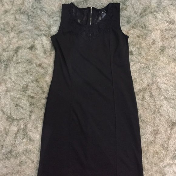 ❌❌BUNDLED❌❌Rue 21 Dress Size L Super cute dress for going out & extremely comfortable!! Runs a tad small Rue 21 Dresses Mini