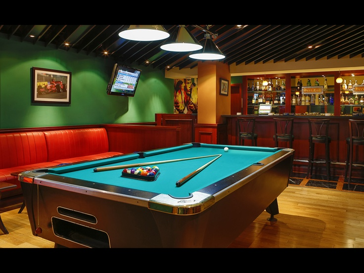 The Grandstand Bar - Pool Table