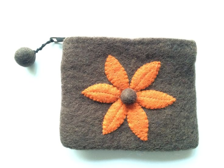 MAYA - Felt purse with a felt motif. Great for mobile phones, lippy's, money, cards etc. Made by female artisans in Nepal and available in a variety of colourways too.