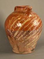 Cruche à eau, décor au barolet. Terre vernissée du Val de Saône.