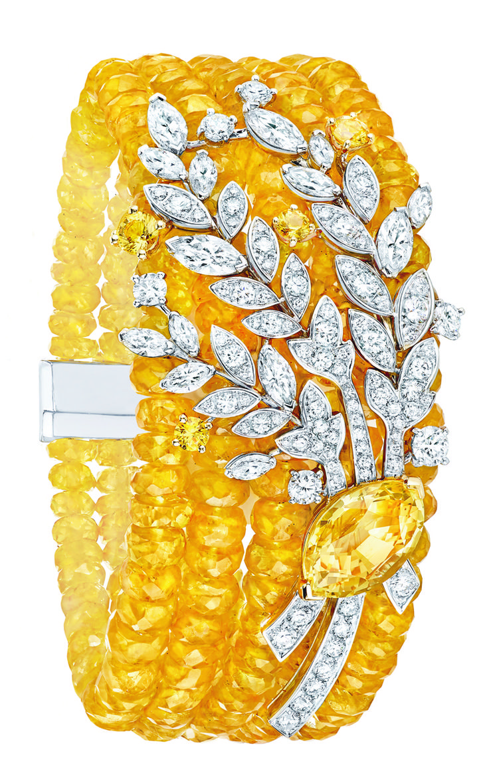 Moisson d'or #Bracelet from #LesBlesDeChanel - #Chanel - #FineJewelry…