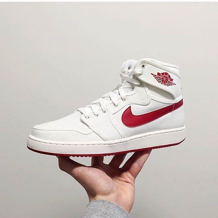 Another Clean OG Colorway in The Air Jordan 1 Retro KO 'Sail' drops this Saturday March 5th Are these a must Cop? Or a must Drop? Let us know in the comments below . @tub204 will have them available. Doors open at 11. #AirJordan #AJKO #Winnipeg #Manitoba #YWG #204 #WpgsGotSole #WinnipegSneakerheads #wpgsnkrhds #igsneakercommunity #wdywt #Sneakerhead #kickstagram #kicksonfire #onfeet #CanadaGotSole #GoodGuysDoingGoodThings #GGDGT http://ift.tt/1Y7J2MU