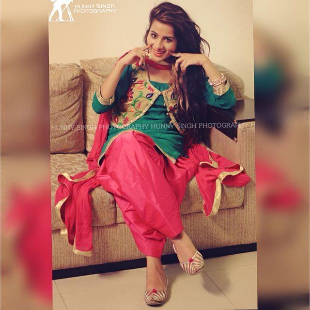 Queen Of Punjabi Music inDustry <3 <3