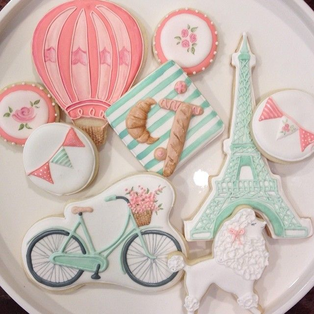 Anna Elizabeth Cakes | Parisian inspired sugar cookies for an adorable baby shower