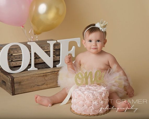 Welcome to Lil Pink Goose Boutique!!  Photo Credits go to Matt Cramer Photography http://mattcramerphotography.com/  This Tutu Comes in mostly