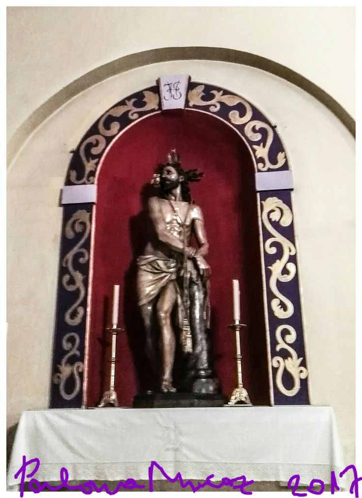 Imagen de Cristo atado a la columna que sale en procesión en Semana Santa. Image of Christ tied to the column that leaves in procession in Holy Week.