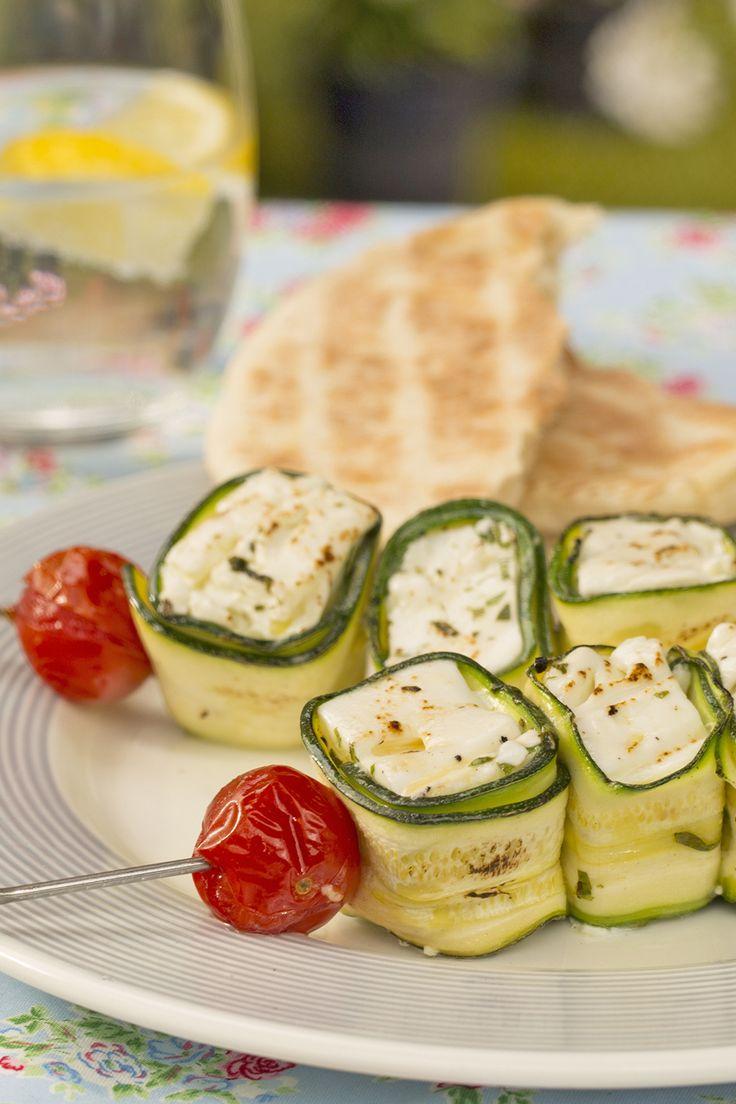 Vegetarisch Grillen: Zucchini-Käse-Spieße vom Grill - mit unserer Videoanleitung absolut gelingsicher :-)