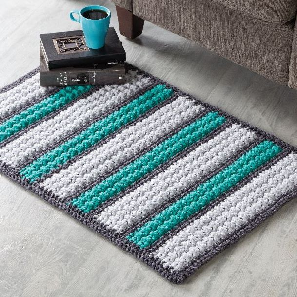 Bobble Rug designed by Patsy Harbor in Red Heart Super Saver for Crochet World newsstand special Creative Crochet in a Day