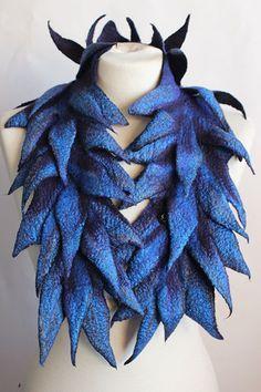 Dagmar Binder scarves. Felt scarves online. Woollen scarves.