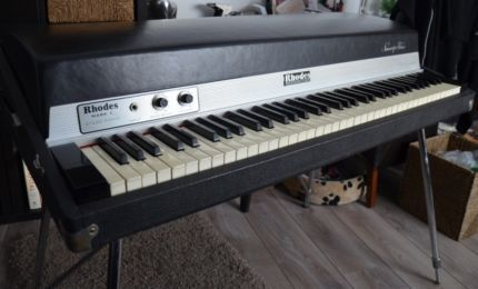 fender rhodes 73 stage piano mark i in saarland schmelz musikinstrumente und zubeh r. Black Bedroom Furniture Sets. Home Design Ideas