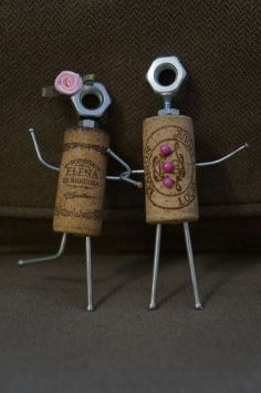 Wine cork couple- so cute!!Mini Wedding Couple $24