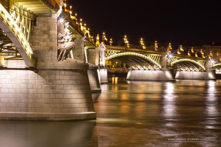 Margaret Bridge,Budapest, Hungary