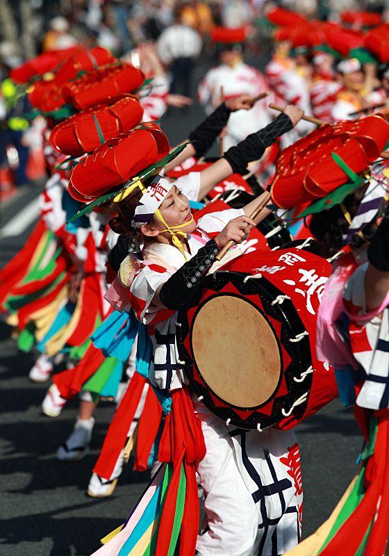 "Sansa Festival in Morioka, Iwate by Takero Kawabata. ""Sansa"" festival is mainly composed by drum teams."