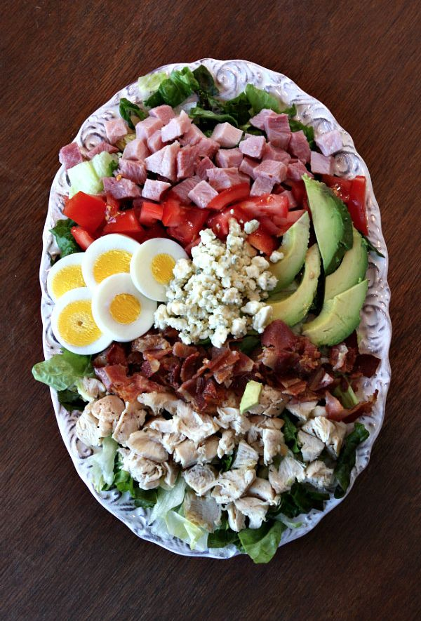COBB SALAD...H.I. people note: No Meat or tomato  ,use  red bell pepper & acceptable cheeses and limit avocado...dress with o-oil garlic and oregano