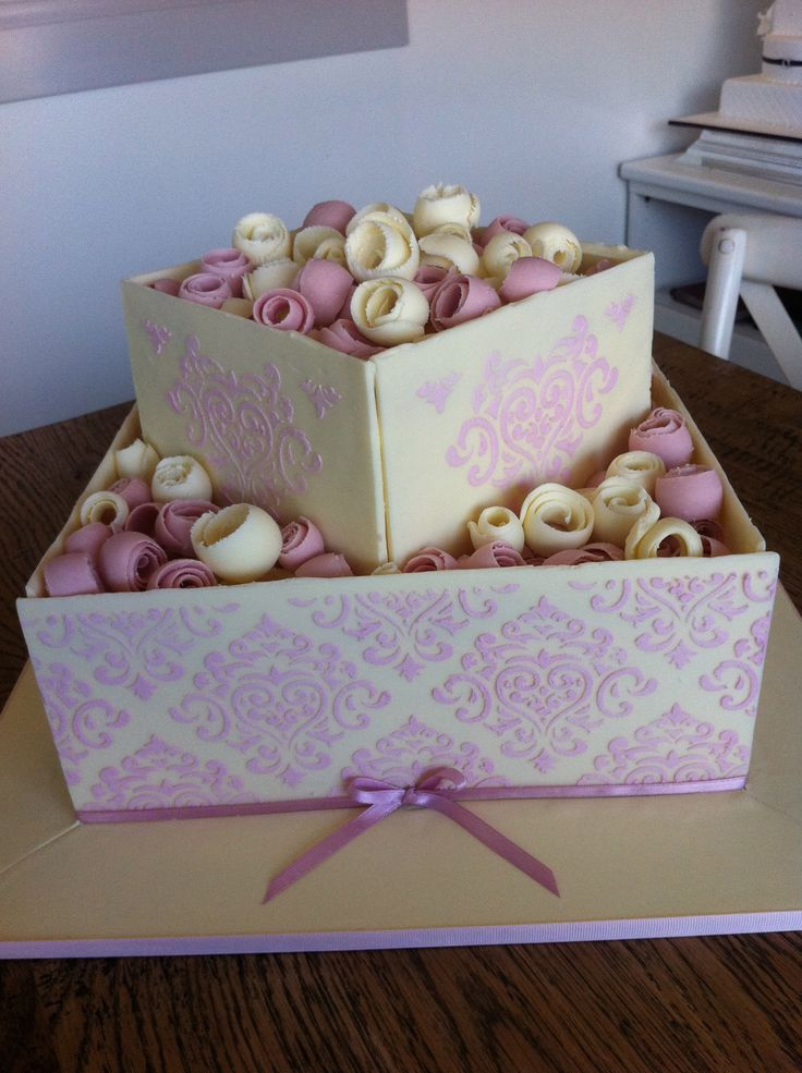gorgeous print design - Sweet Designs by Claire #wedding #cake #love #specialoccasion #perfectday #weddingcake #elegant